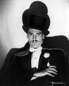 Leon Mandrake, 1939