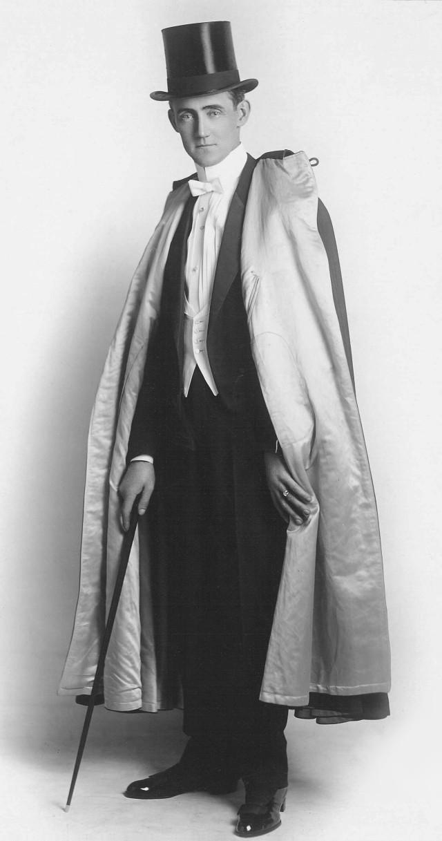 Claude Alexander Conlin (1915) | www.aguaeazeite.com.br